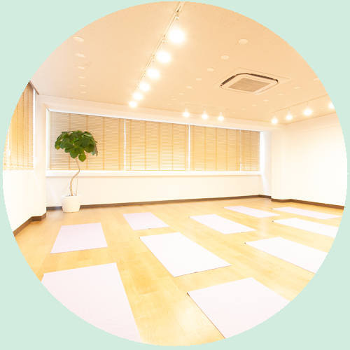 yoga-studio-MAKOTO_top-features1